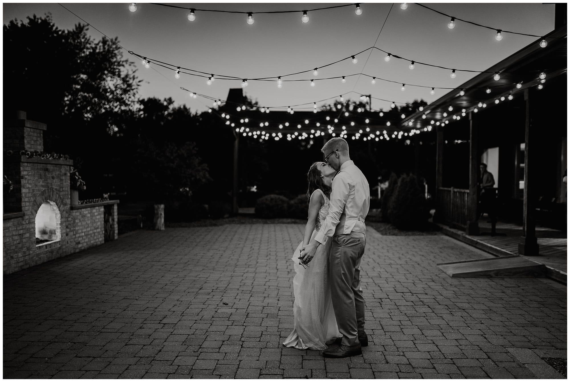 Fenton Winery and Brewery Wedding_0083.jpg