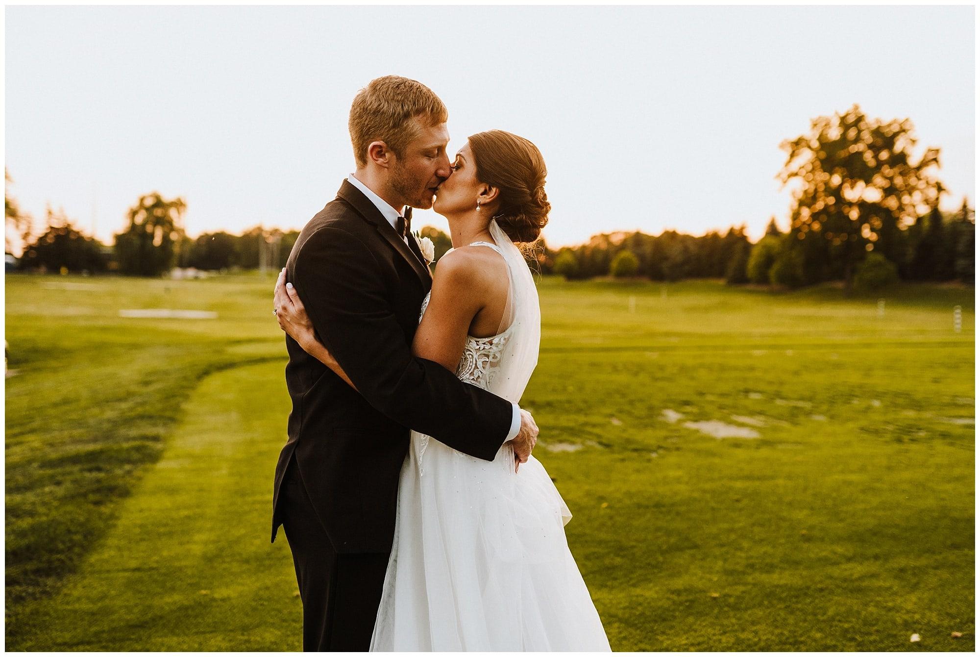 Meadowbrook Country Club Wedding_0097.jpg