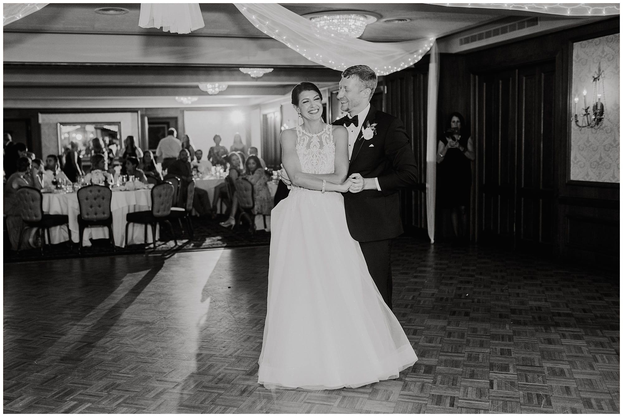 Meadowbrook Country Club Wedding_0133.jpg