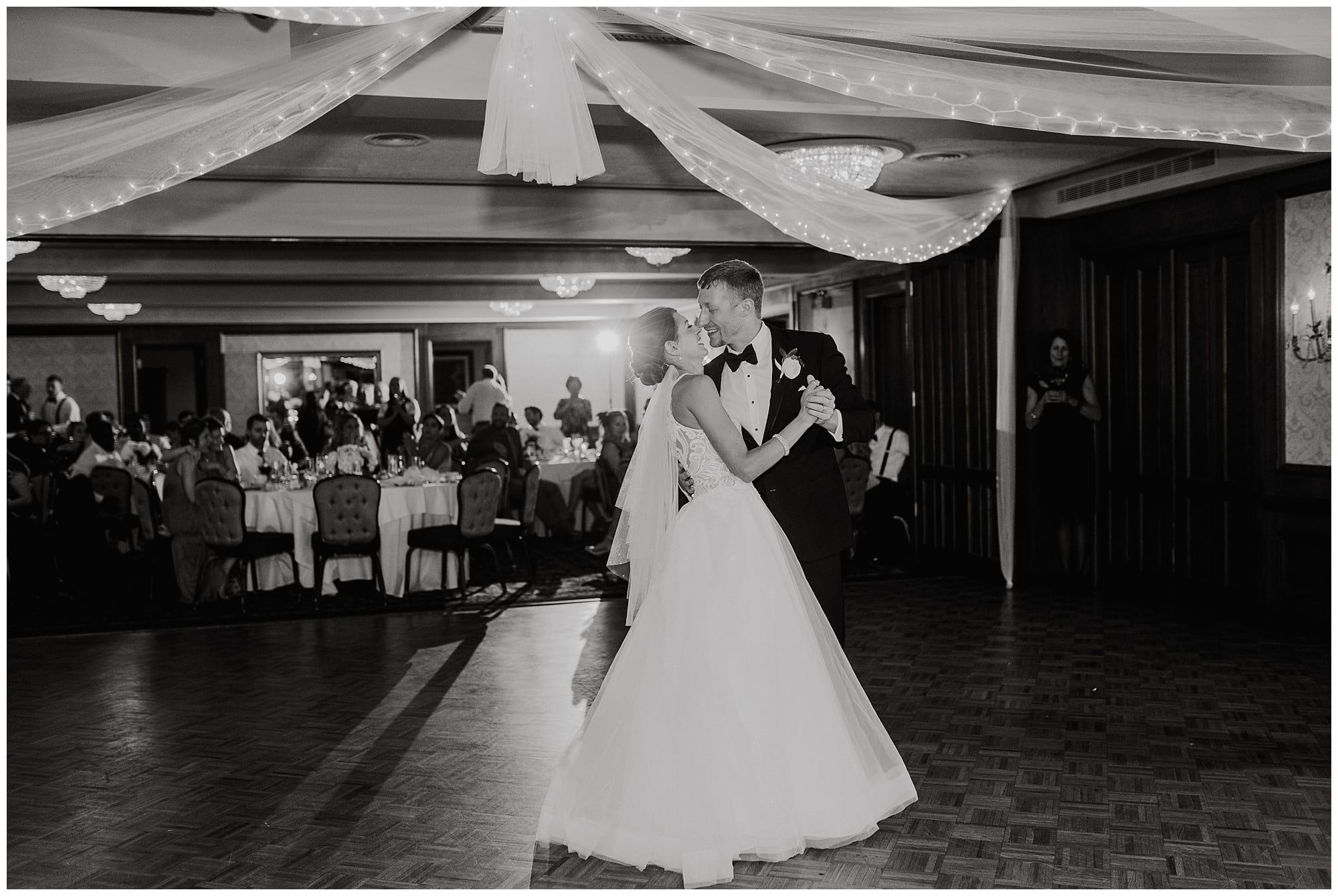 Meadowbrook Country Club Wedding_0138.jpg