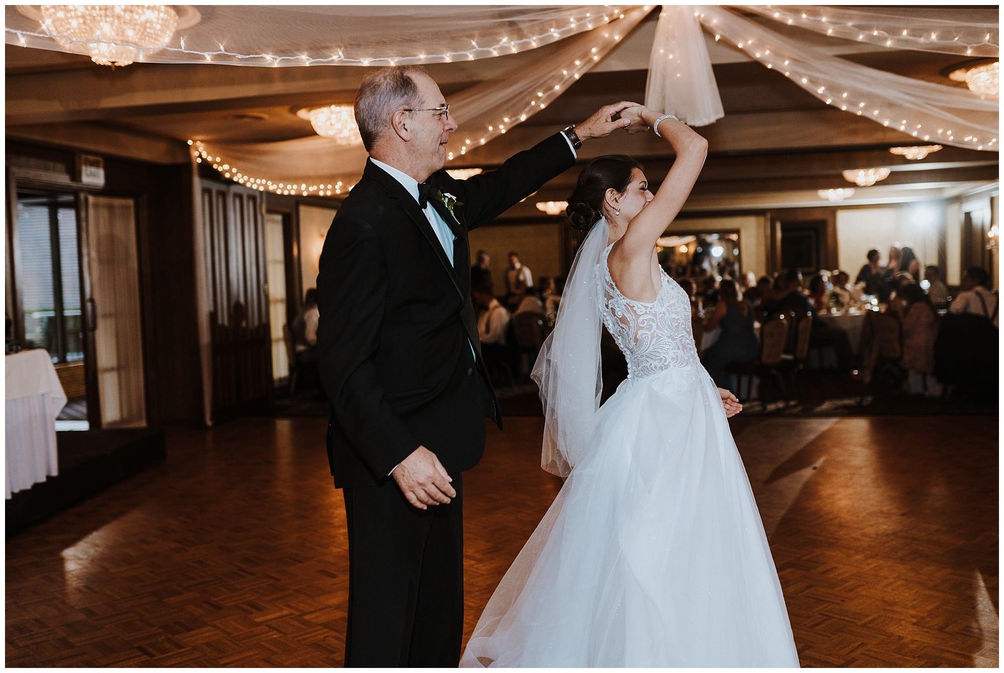 Meadowbrook Country Club Wedding_0140.jpg