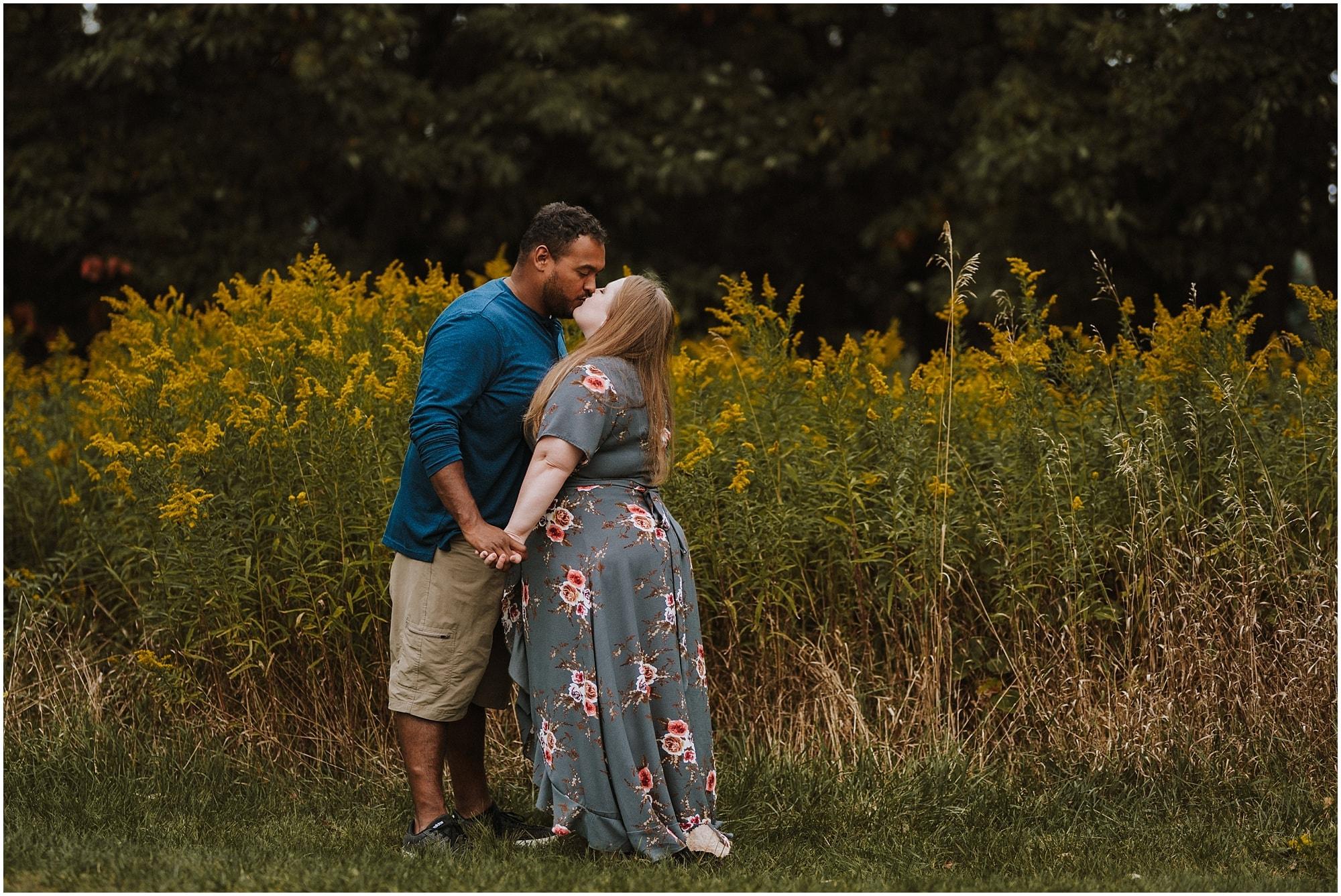 Lansing Michigan Engagement Photographer_0011.jpg