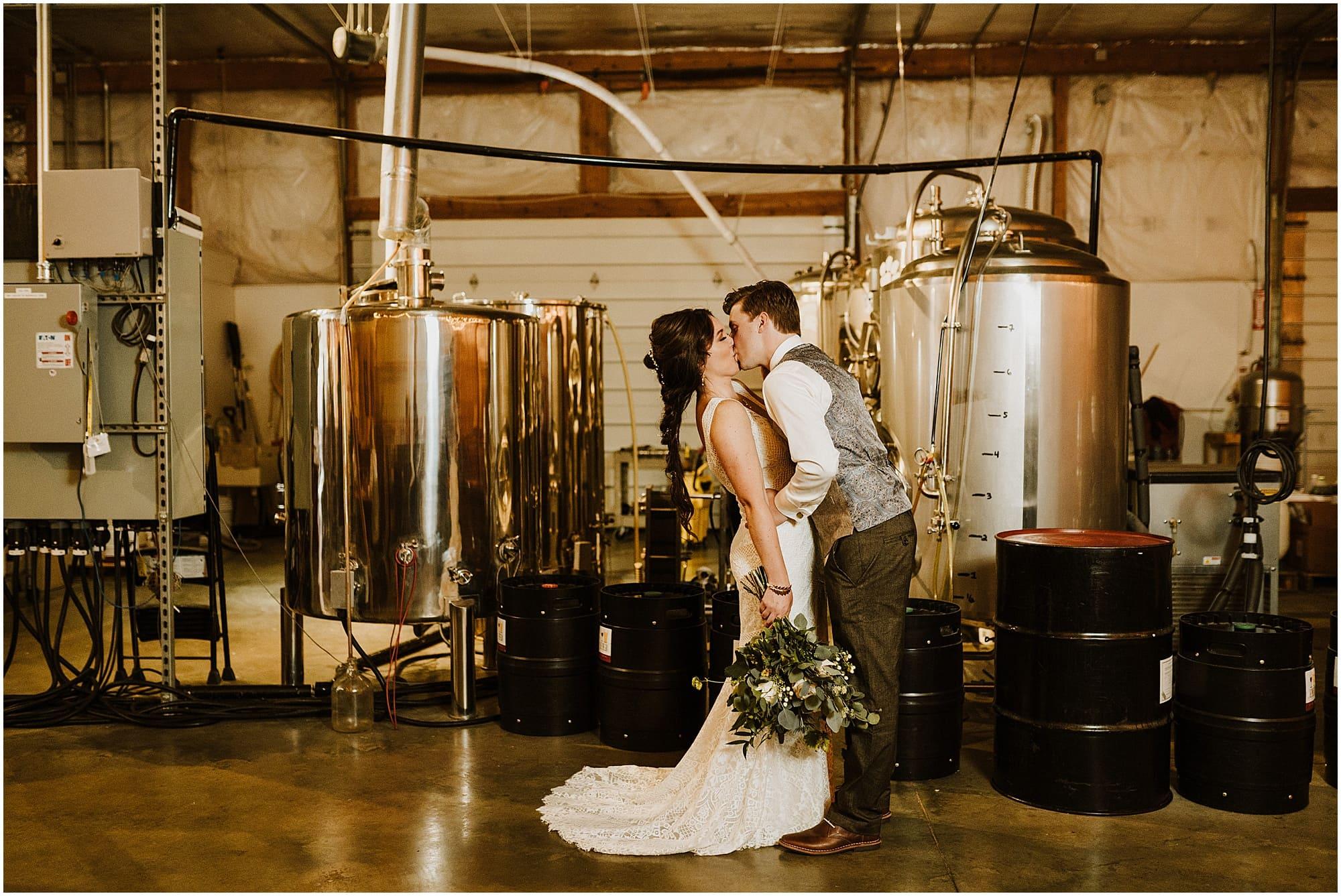 Summer Fenton Winery & Brewery Wedding_0046.jpg
