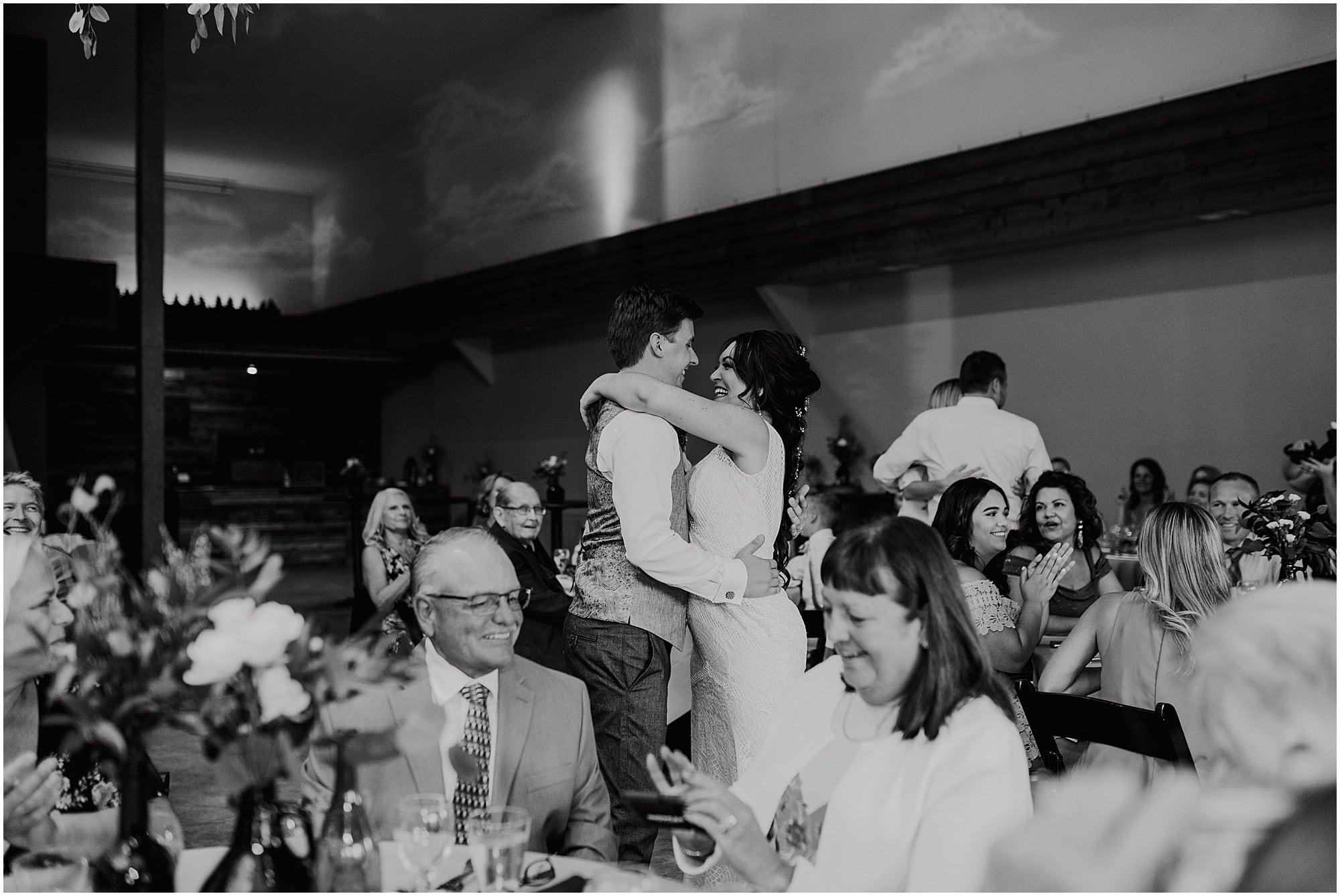 Summer Fenton Winery & Brewery Wedding_0110.jpg