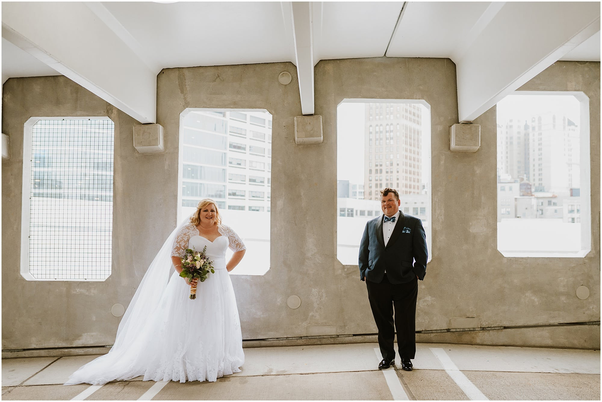 Downtown Detroit Wedding_0005.jpg