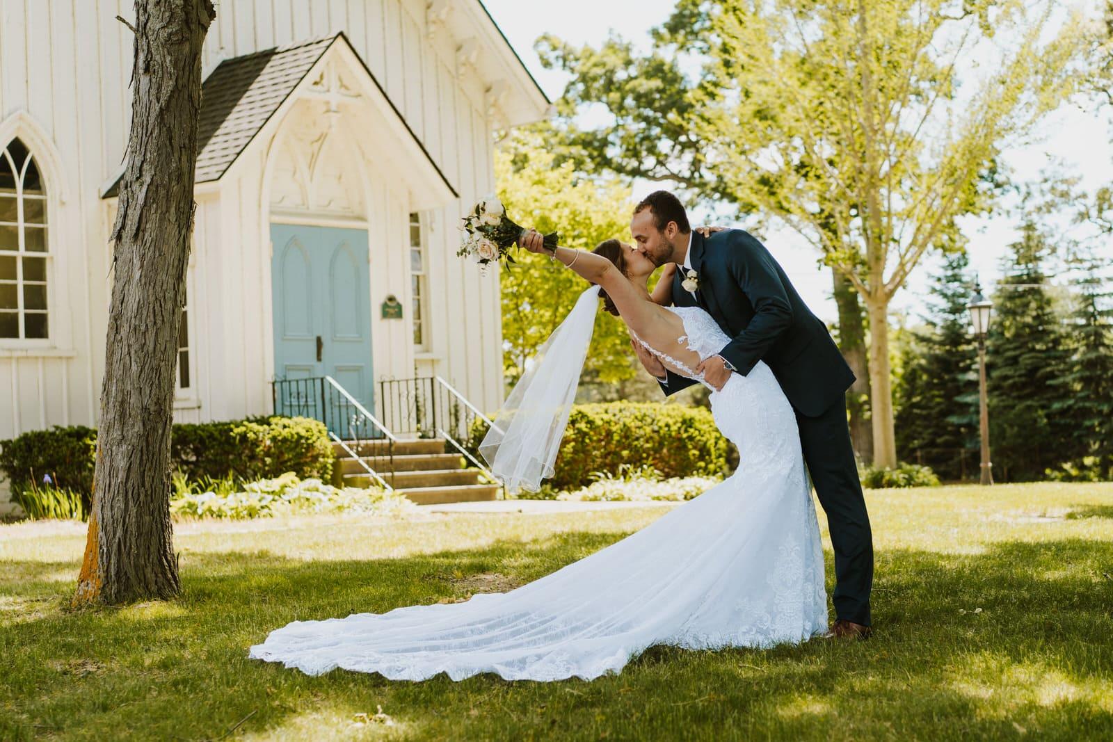 intimate covid wedding michigan photographer