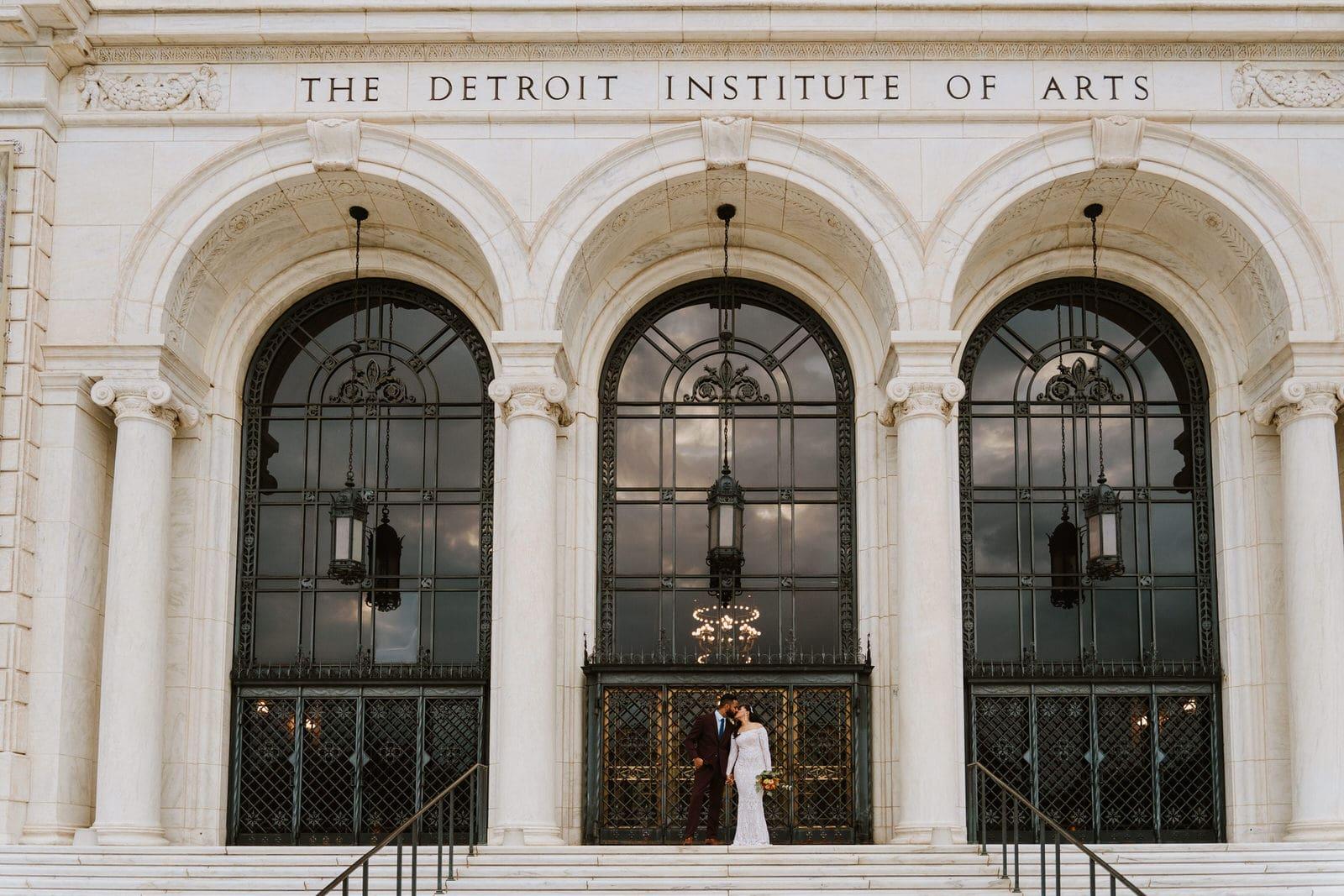 Detroit Institute of arts wedding portraits | shallana & randy